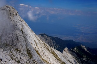 Two-day trek in Pirin - Yavorov lodge - Suhodolska valley - Bayuvi Dupki peak - Koncheto shelter