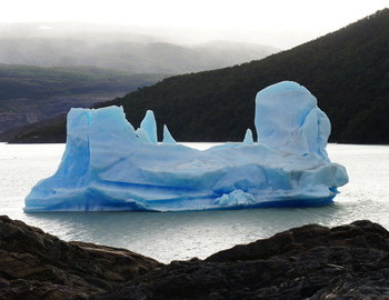 Iceberg with a form and size of a ship